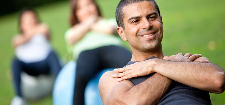 Pilates para homens: profissionais explicam o crescimento de adeptos e desvendam os mitos que cercam a prática