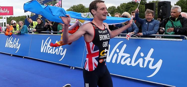 Alistair Brownlee: favorito no triathlon do Rio