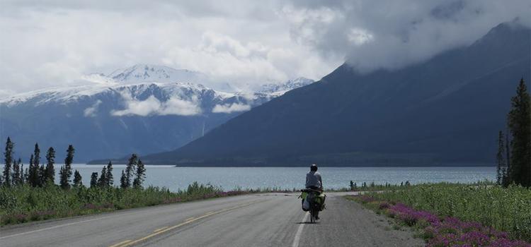 De bike do Alasca até a Argentina