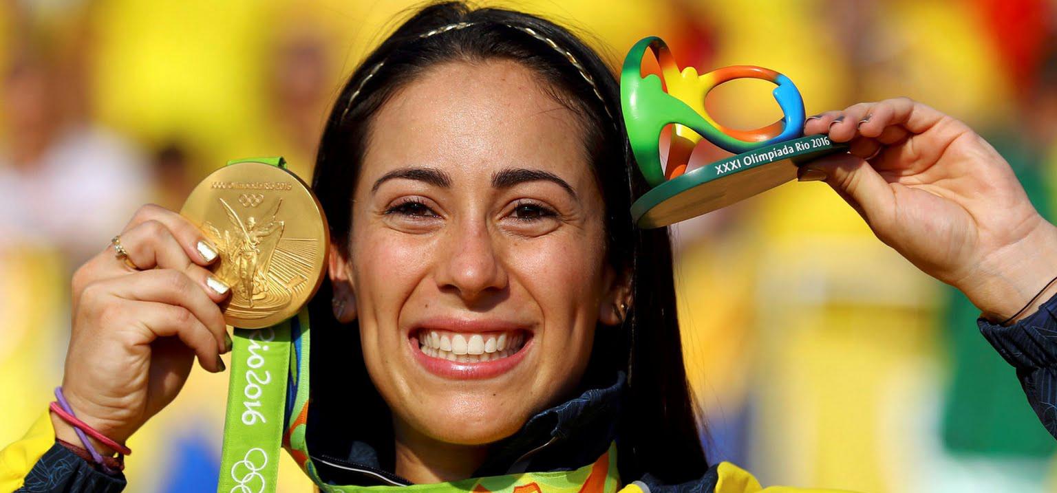 Mariana Pajón é bicampeã no BMX