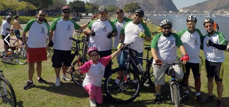 Grupo de pedal para gordinhos faz sucesso