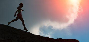Veja dicas de especialistas para correr em descidas