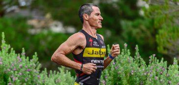 O Ironman Havaí, o grande sonho do Triathlon, completa 38 anos em 2016. Conheça a história que começou no Havaí e hoje reúne 2.000 atletas.