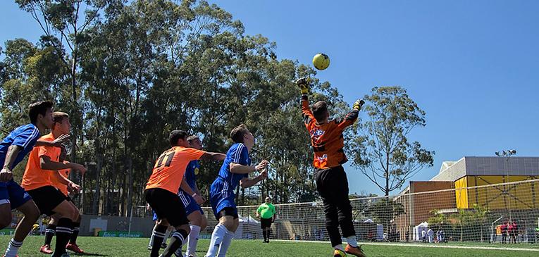 FutCup: torneio de futebol escolar na USP terá olheiros do Corinthians