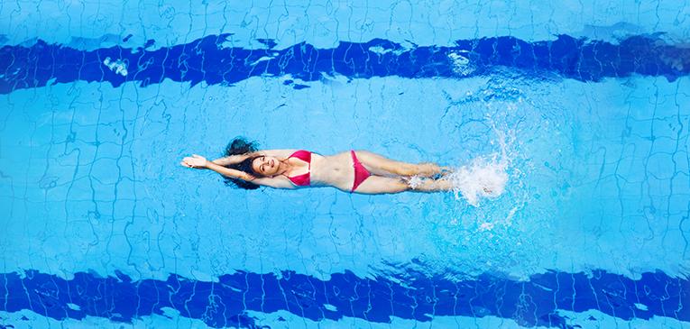 Dicas para nadar sozinho e evoluir
