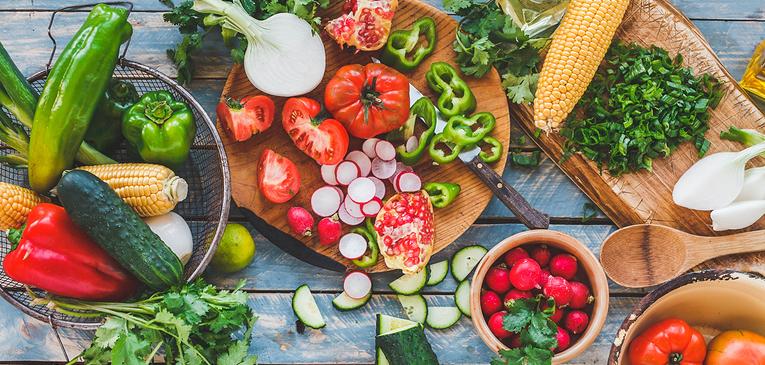 Receitas detox: Invista em alimentos naturais e não processados