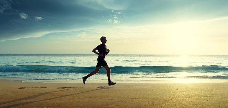 Correr na areia: cuidado com as lesões
