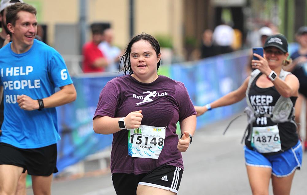 Corrida ajuda garota a superar desafios