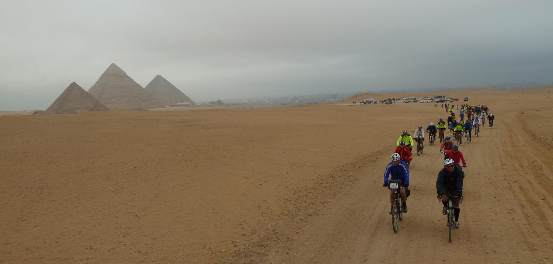Expedição de bike no continente africano