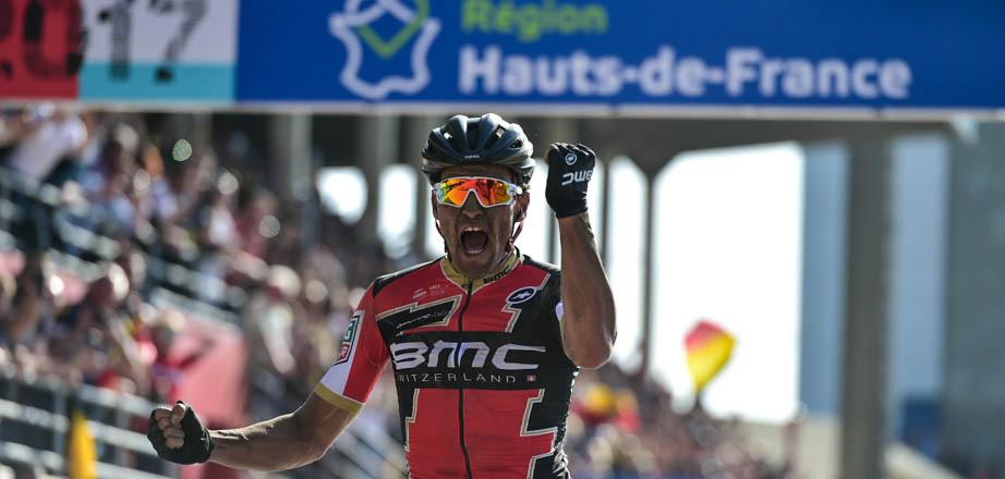 Avermaet vence a Paris-Roubaix 2017