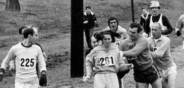 Kathrine Switzer volta à Maratona de Boston 50 anos depois de virar símbolo para mulheres do esporte