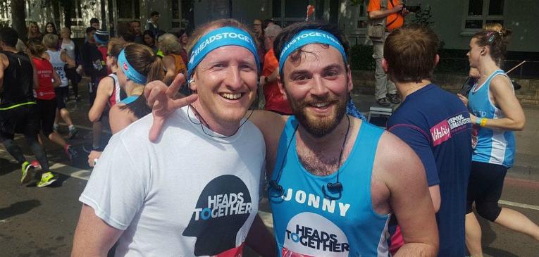 Suicida faz maratona com seu salvador