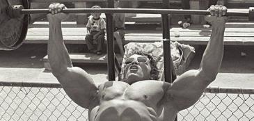 6 regras de sucesso de Arnold Schwarzenegger para aplicar no crossfit