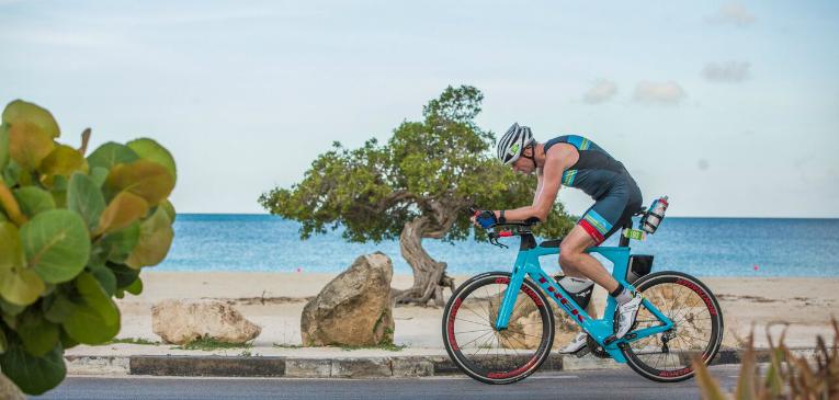 Festival em Aruba tem triathlon