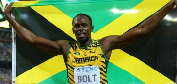 Bolt exibe raio-X de lesão após acusação de corpo mole