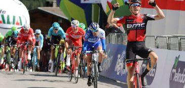 Primeira etapa da Volta da Espanha terminou com Austrália em primeiro lugar