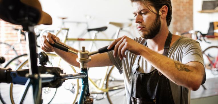 Cockpit da bicicleta: avanço e guidão