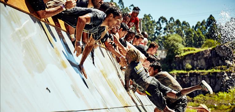 Controle a ansiedade antes da corrida de obstáculos