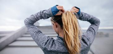 Veja alguns cuidados básicos com o cabelo para a prática de esportes