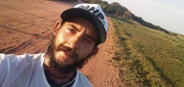 Ele decidiu criar um projeto para ajudar os outros. Correr por uma causa 1450 km, você faria algo assim?