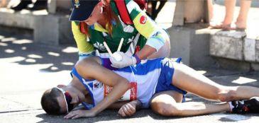 Callum Hawkins passa mal e bate a cabeça em maratona na Austrália