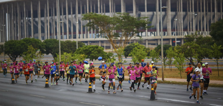 A velocidade da ASICS Golden Run em Brasília