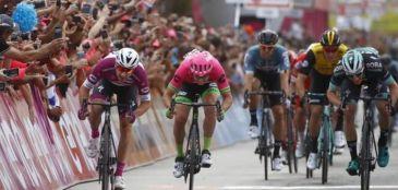 Giro d'Italia: Elia Viviani garante duas vitórias consecutivas