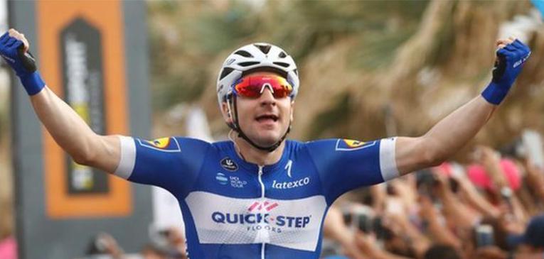 Elia Viviani conquista sua terceira etapa no Giro 2018