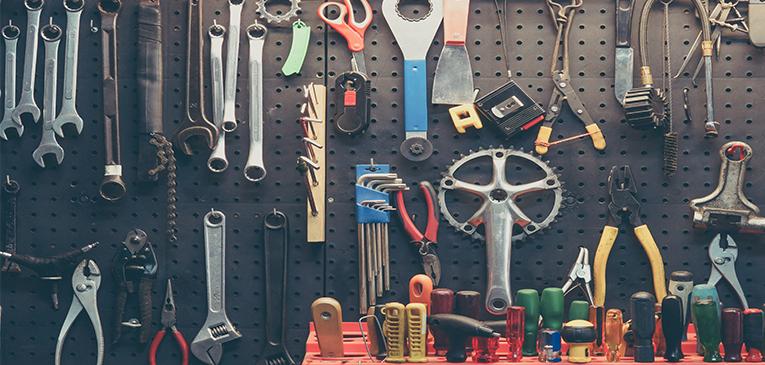 Que ferramentas de bicicleta eu preciso ter em casa?