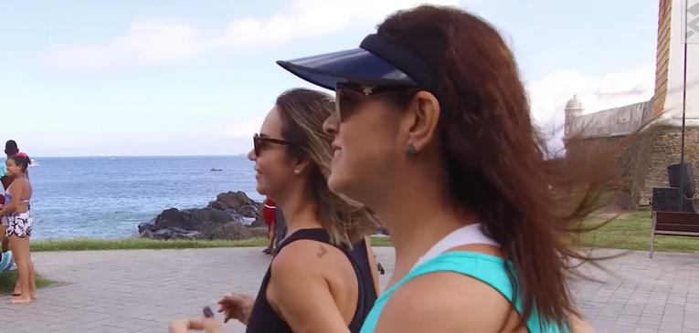 Vídeo: Colegas de trabalho e corrida