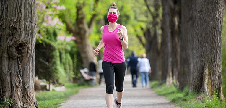 A era dos corredores mascarados