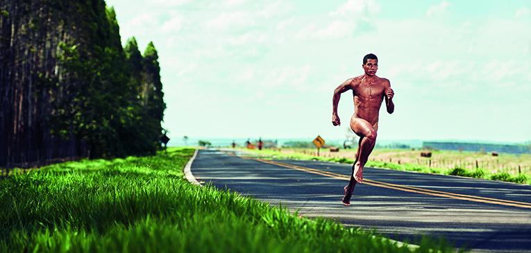 Correndo pelado