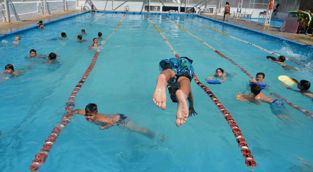 La «otitis de piscina», la visita menos esperada del verano/Titulares de Salud