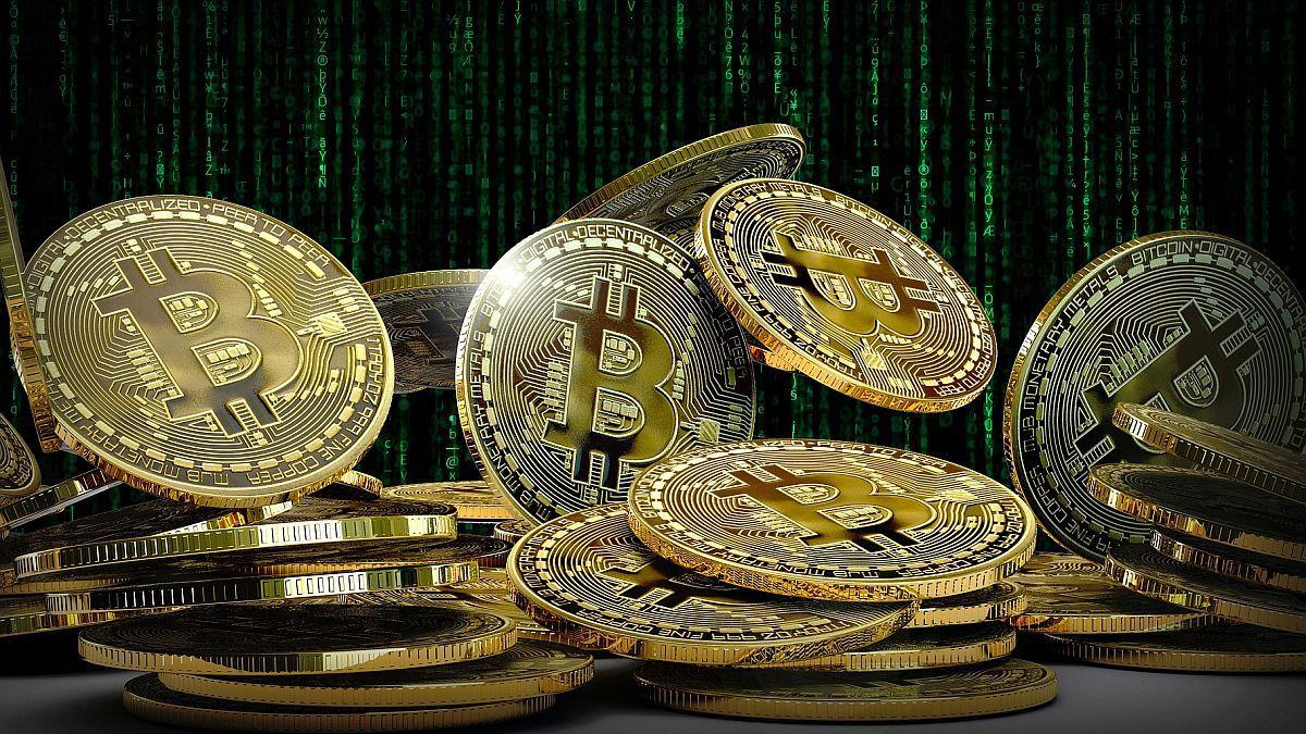 ¿Bitcoin está preparando otro rally?  Tras la fuerte caída, sigue subiendo y se acerca a los 55.000 dólares./Titulares de Economía