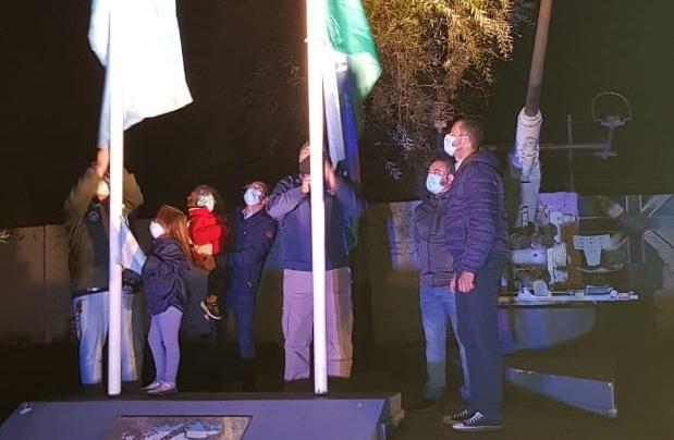 Nuevas luces para honrar a nuestros héroes de Malvinas/ Titulares de Bolivar