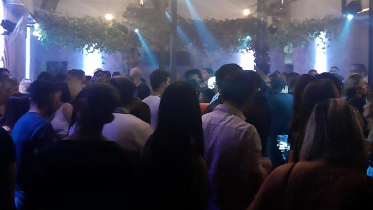 En Chaco cortarán la energía de los que tienen fiestas clandestinas/ Titulares de Corrientes