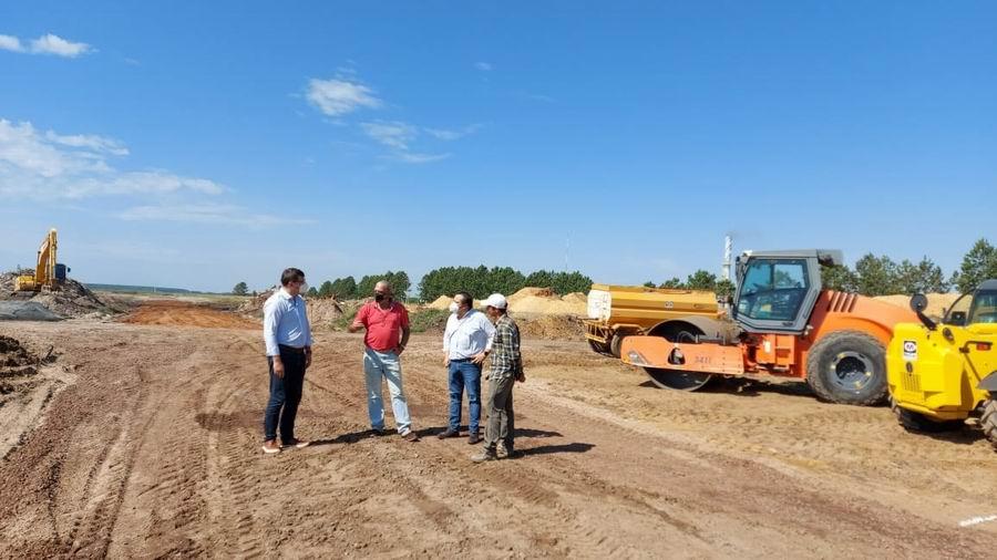 Trabajos de adecuación hidráulica para el desarrollo industrial/ Titulares de Corrientes