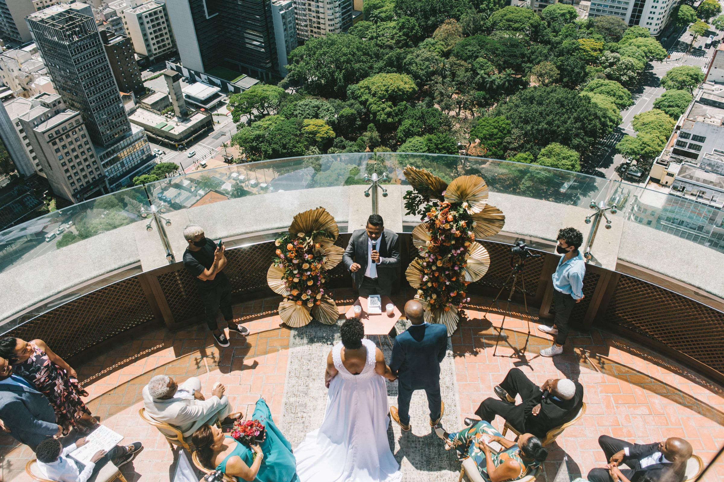 Las bodas pandémicas tienen fiesta en casa de los novios e incluso rotación de invitados – 16/04/2021 – Mpme /Titulares de Noticias de Brasil
