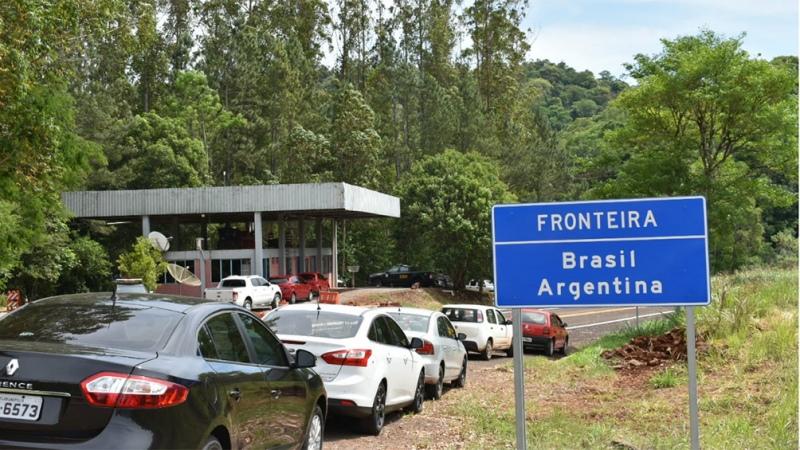 Prórroga del cierre fronterizo por turismo hasta el 21 de mayo – Titulares de Política