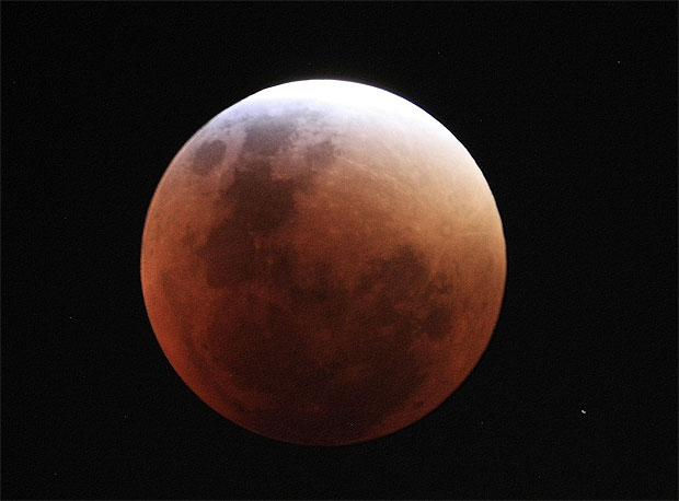 Eclipse parcial de luna se ofrece al oeste de Brasil al amanecer del miércoles (26) – Sidereal Messenger / Brasil
