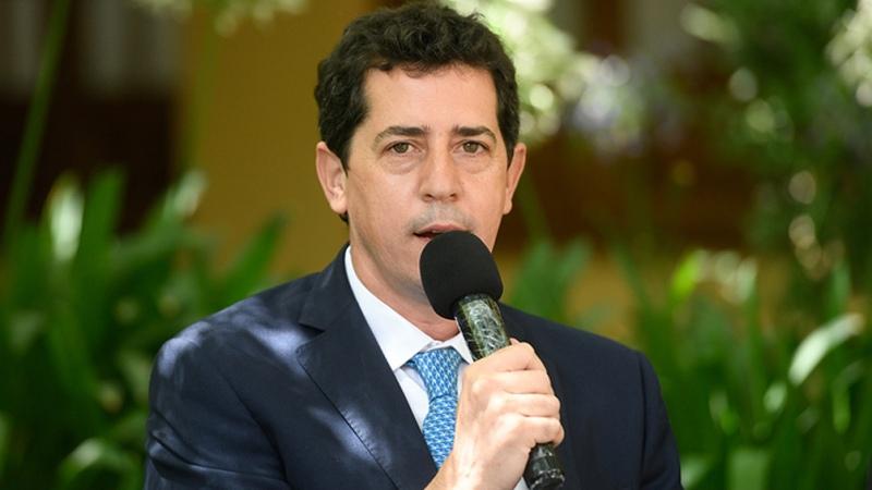 Cafiero y De Pedro firman un acuerdo sobre pasos fronterizos y conectividad – Titulares de Política