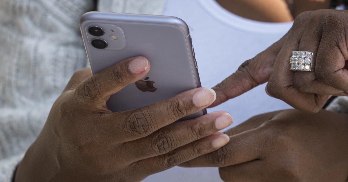 Apple le paga millones a una mujer porque el servicio técnico filtró fotos y videos explícitos de su iPhone /Titulares de Tecnología