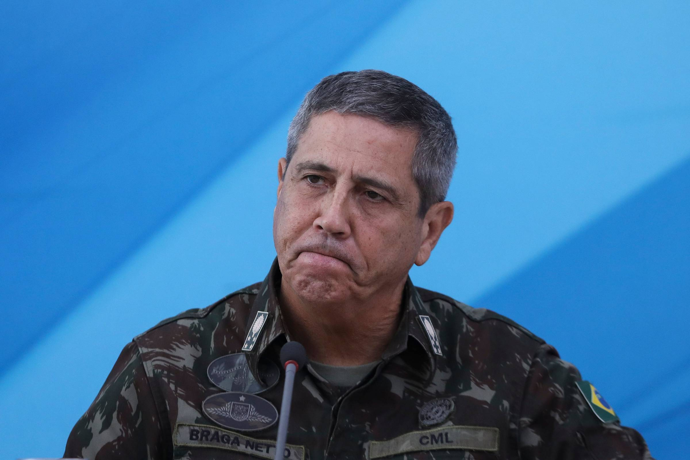 Diputado quiere que Braga Netto explique las 'amenazas' de las Fuerzas Armadas a los parlamentarios - 07/08/2021 - Mônica Bergamo / Brasil - Titulares.ar