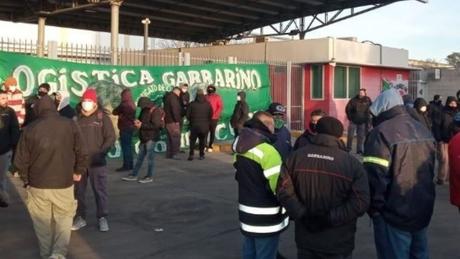 Garbarino no tiene respiro: ahora, Camioneros toma distribuidora – Titulares.ar