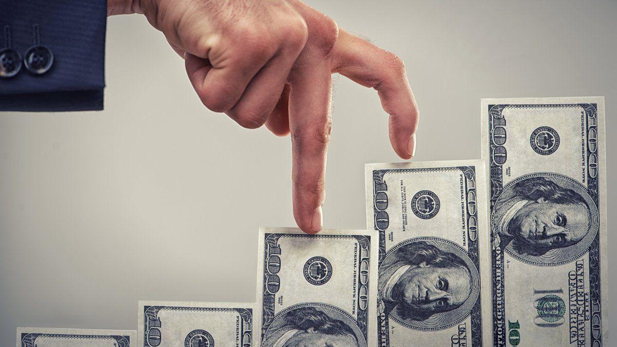 Qué considerar al invertir en bienes raíces/ Titulares de Economía