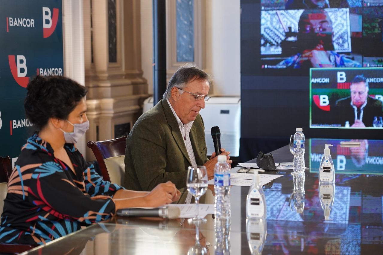 Pinturas y murales en la 14a edición del premio BANCOR/ Titulares de Cultura