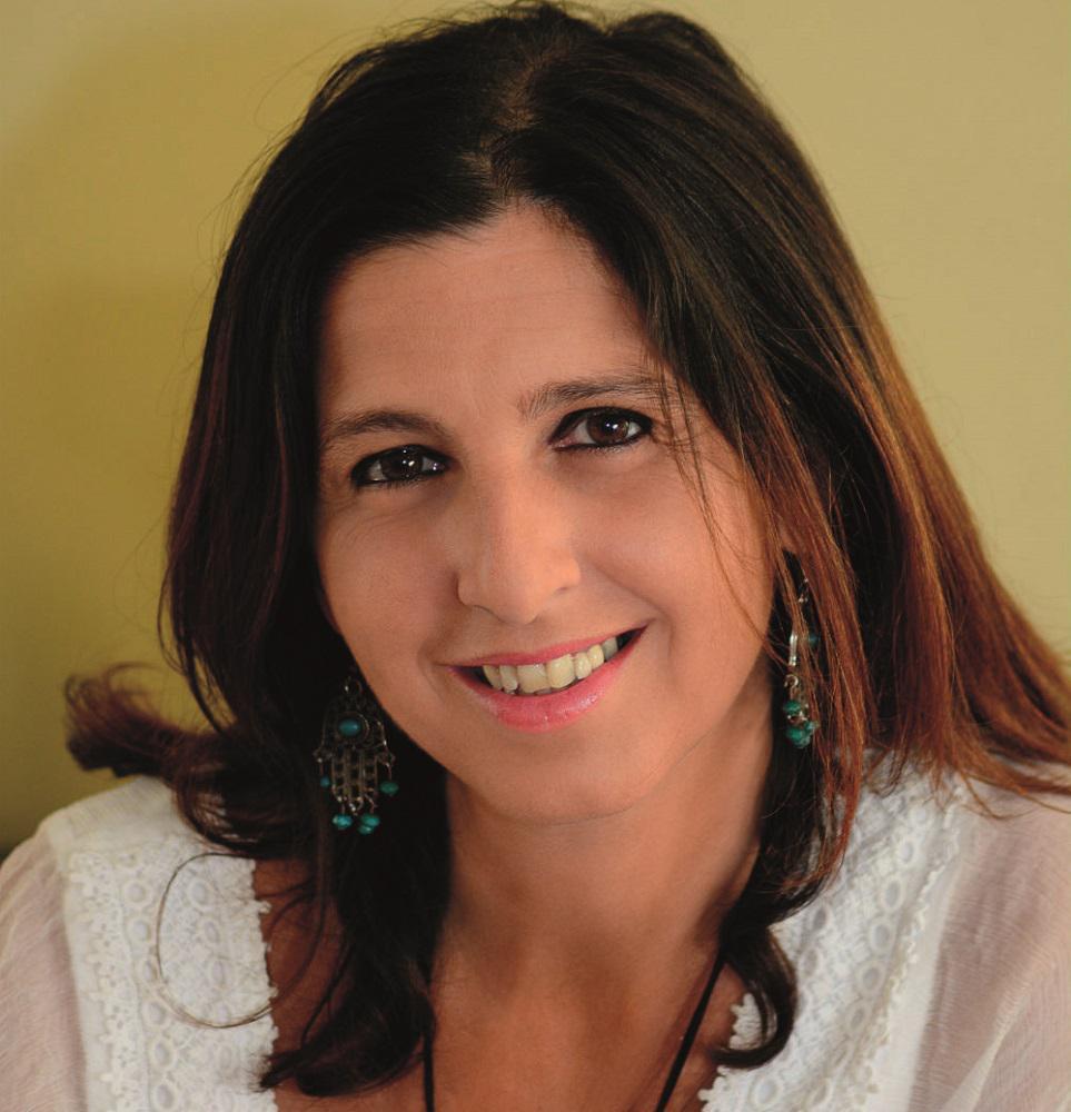 Fernanda Pérez presentará su nuevo libro «Uma Mulher com Asas»/ Titulares de Cultura