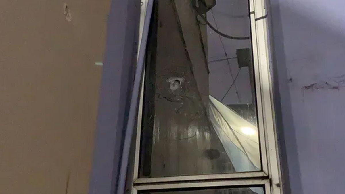 Fuerte tiroteo contra el Sindicato de Trabajadores Comerciales en el corazón de Rosario/Titulares de Policiales en Santa Fe