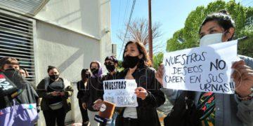 intento de escrache y demanda de mujeres al gobernador Rodríguez Saá/ Titulares