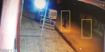 Un policía mató a dos ladrones que lo asaltaron mientras trabajaba como chofer de Uber /Titulares de Policiales